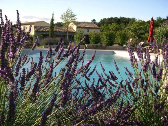 The Pampered Traveler: Le Clos d'Estallan in Bonnieux – Provence